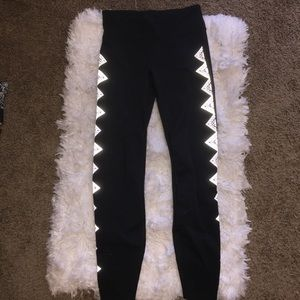 Gap Fit REFLECTIVE full length leggings XS